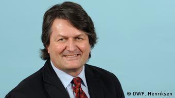 Журналист DW Грахам Лукас