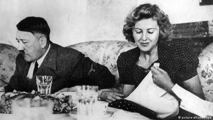 Adolf Hitler and Eva Braun (picture-alliance/dpa)