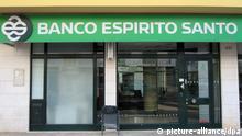 Eine Filiale der portugiesischen Bank Banco Espirito Santo (BES), aufgenommen am 14.05.2012 in Sao Bras de Alportel. Die Handelsbank mit Sitz in Lissabon betreibt das größte Filialnetzwerk in Portugal mit 482 Geschäftsstellen im ganzen Land. Foto: Jens Kalaene dpa pixel