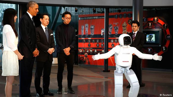 Barack Obama in Japan Tokio Roboter