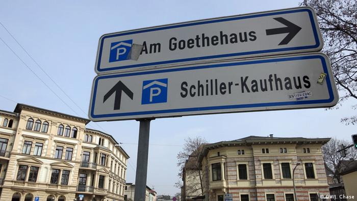 Street sign in Weimar, Copyright: DW / J. Chase