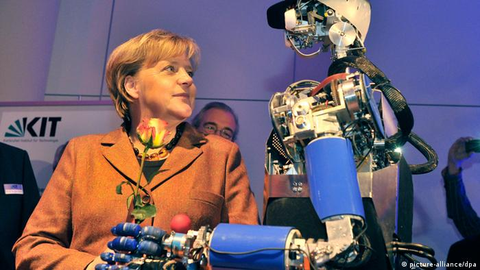 Roboter ARMAR (picture-alliance/dpa)