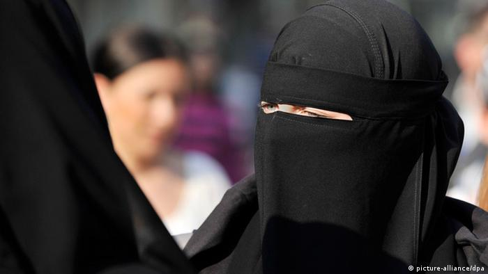 A woman in a niqab in Frankfurt