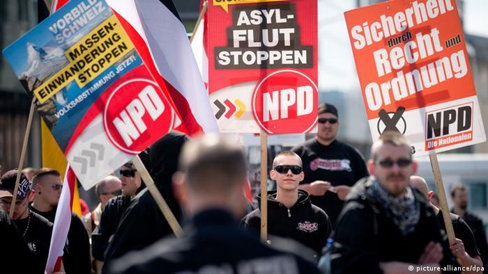 Демонстрация НДПГ в Берлине против мигрантов, апрель 2014 года