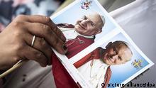Vatikan Heiligsprechung zweier Päpste Postkarte