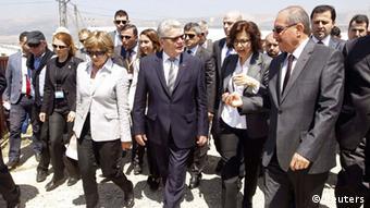 Οι έπαινοι του γερμανού προέδρου προς την Τουρκία στο συριακό θα διευκολύνουν και πιο κριτικές παρατηρήσεις κατά τις σημερινές του στναντήσεις