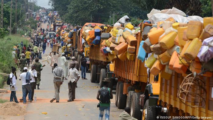 Heavily-laden trucks making up the convoy evacuating Muslims from Bangui (photo: ISSOUF SANOGO/AFP/Getty Images)