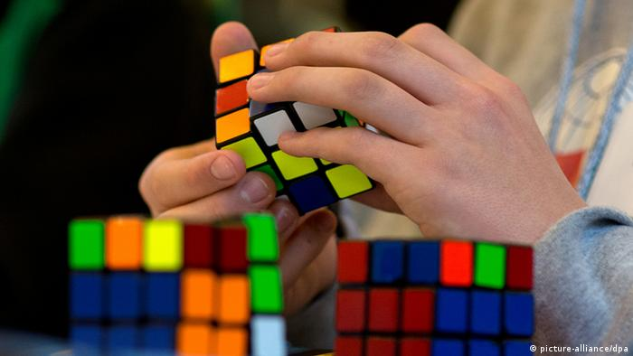 Zauberwürfel - Rubik's Cube (picture-alliance/dpa)