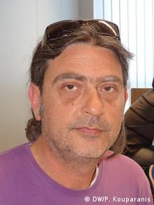 O Nίκος Αντωνίου, αντιπρόεδρος του Συλλόγου Υπαλλήλων Βιβλίου-Xάρτου Αττικής