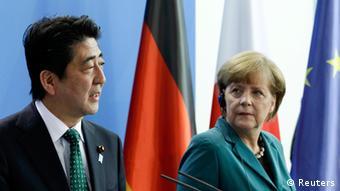 Abe bei Merkel 30.04.2014 Berlin PK