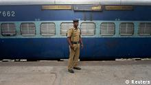 Indien Explosion Bahnhof Polizei Spürhund