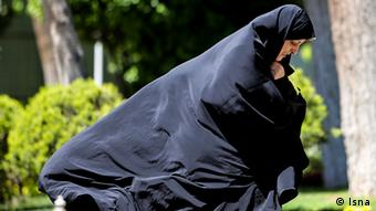 معصومه ابتکار اتهام دست داشتن همسرش در واردات بنزین را دروغ و بهتان خوانده است