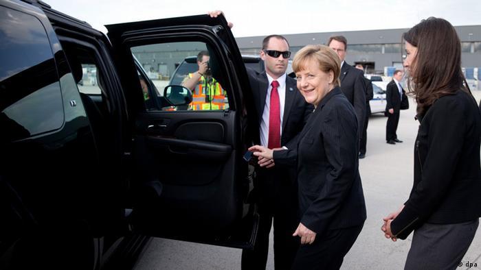Merkel arrives in the US