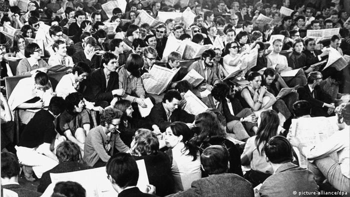 Teach-in at Cologne University in 1969 (picture-alliance/dpa)