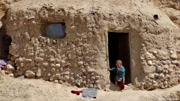Höhlen in Afghanistan Bamiyan Kind