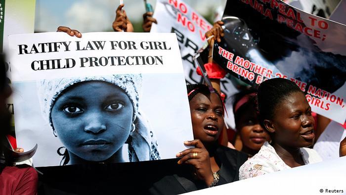 Nigeria Demonstration gegen die Entführung von Schulmädchen