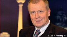Der CDU-Politiker Ruprecht Polenz, Mitglied des Deutschen Bundestages und Präsident der Deutschen Atlantischen Gesellschaft, aufgenommen am 04.11.2004 in der ZDF-Sendung Berlin Mitte. Foto: Karlheinz Schindler