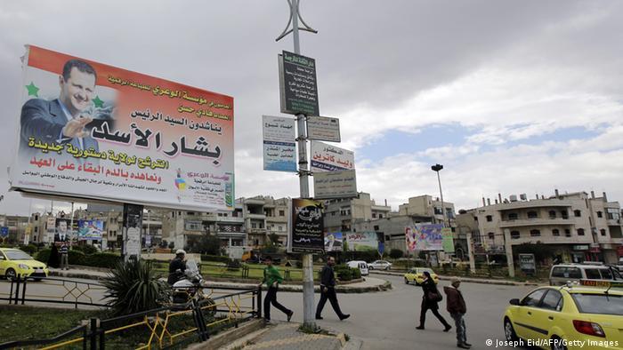 Assad capitaliza retirada rebelde de Homs como vitória