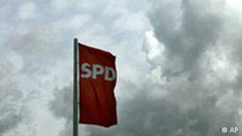 Dunkle Wolken bei der SPD Flagge