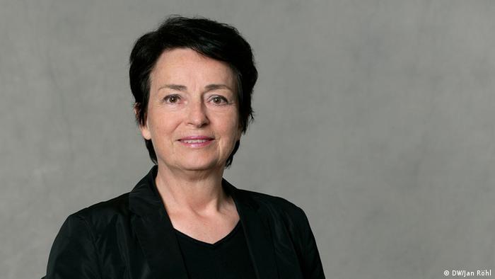 Prof. Dr. Claudia Mast