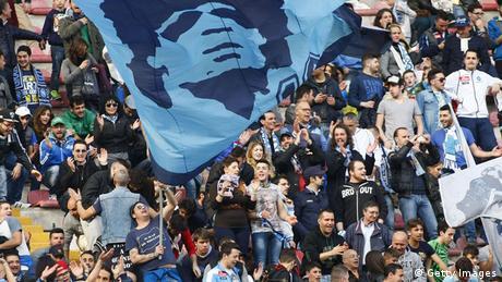 SSC Neapel Fans Diego Maradona Fahne