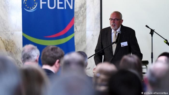 FUEN head Hans Heinrich Hansen, speaking at the conference. (Photo: Carsten Rehder/dpa)