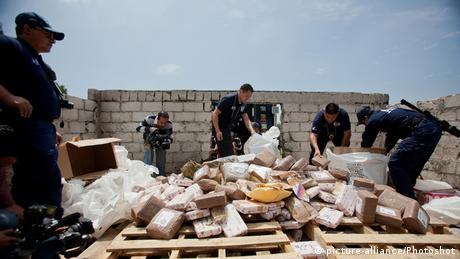 Archivbild Mexiko Sicherheitskräfte Drogenhandel
