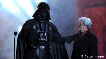 Darth Vader und George Lucas (Photo by Kevin Winter/Getty Images)
