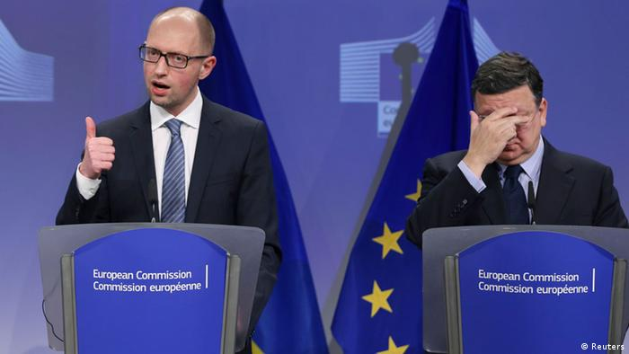 Jose Manuel Barroso and Arseniy Yatsenyuk in Brussels