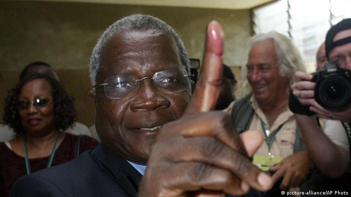 Afonso Dhlakama, líder da RENAMO, o maior partido da oposição em Moçambique