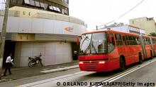 Brasilien rote Schnellbusse