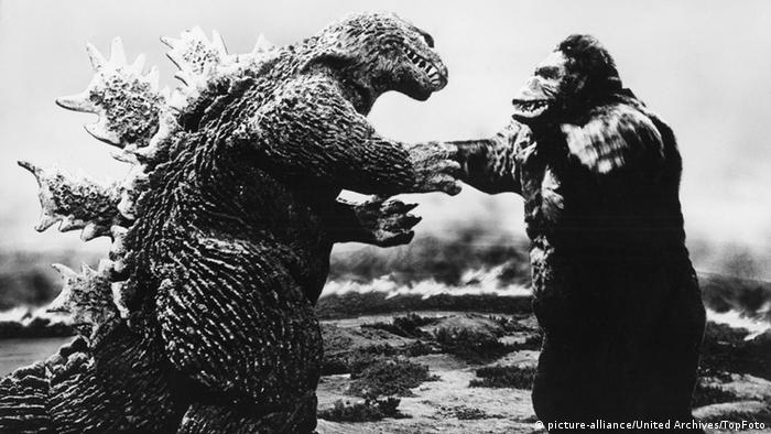 Film still King Kong vs. Godzilla 1962 (picture-alliance/United Archives/TopFoto)