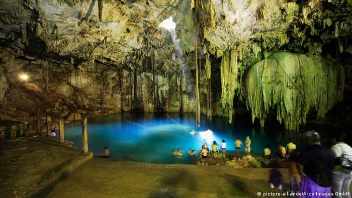 Mexiko Yucatan Höhle 10.000 Jahre altes Skelett gefunden