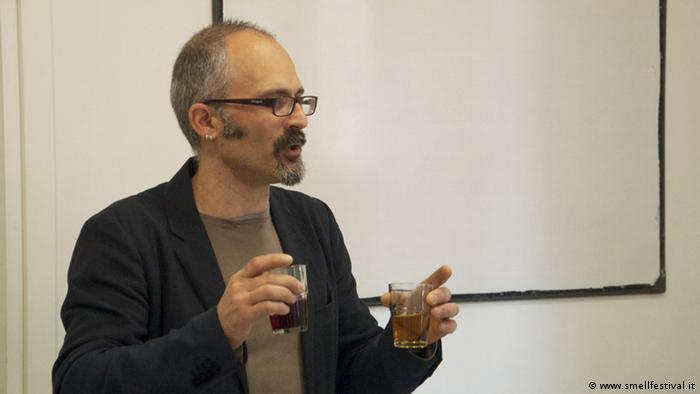 Marco Valussi, Herbalist; Smell Festival in Bologna Italien Mai 2014