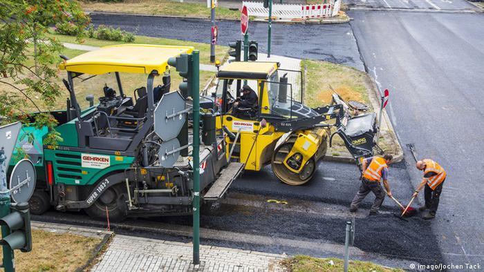 Так будують дороги в німецькому Ессені