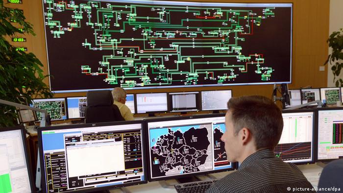 Leitwarte des Netzbetreibers 50Hertz in Neuenhagen 2013