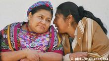 Rigoberta Menchu und Esther Morales