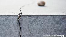 Berlin Risse im Holocaust-Mahnmal