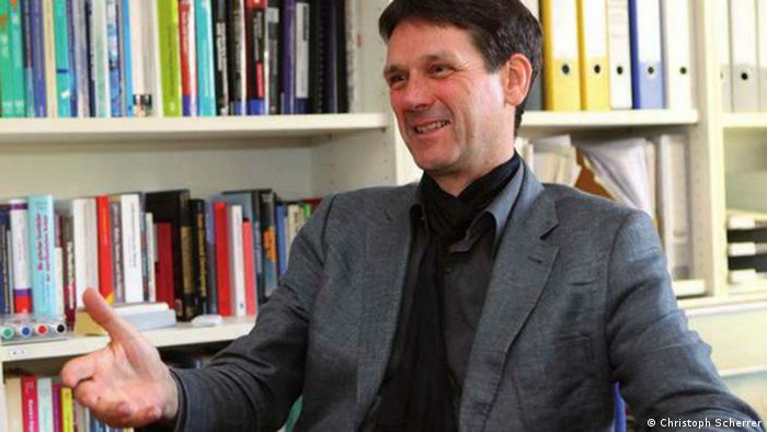 Christoph Scherrer ist Leiter des Fachgebiets Globalisierung und Politik der Uni Kassel und Direktor des International Center for Development and Decent Work (ICDD) (Foto: Uni Kassel)