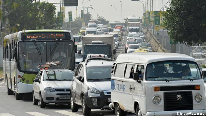 Brasilien. Verkehrschaos in Rio De Janeiro (Foto: Imago Photo Arena)
