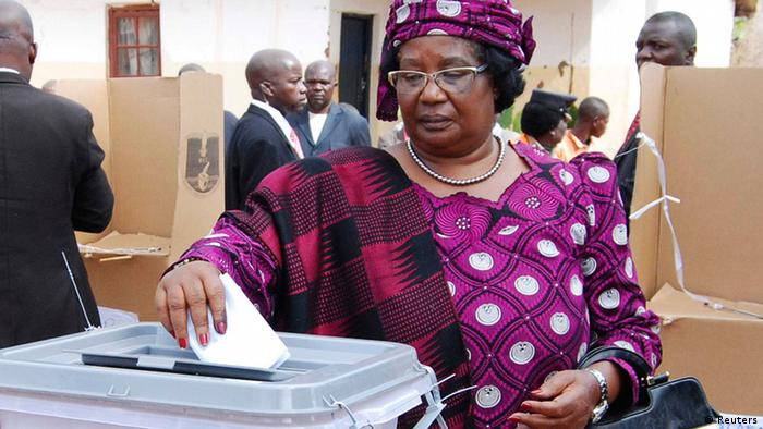 Malawi former President Joyce Banda casts her vote in the 2014 election