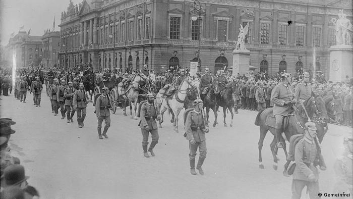 1914 Sedan Tag Berlin Militär