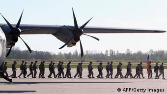 NATO-Truppen-Landung in Litauen im April 2014 (Foto: AFP)