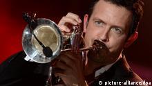 Musiker Till Brönner tritt am 22.05.2014 in Hamburg bei der Verleihung des Echo Jazz 2014 auf. Die Auszeichnungen in 21 Kategorien werden zum fünften Mal von der deutschen Phono-Akademie vergeben. Foto: Daniel Reinhardt/dpa