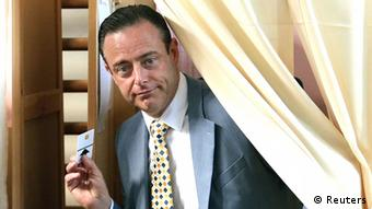 Глава националистической партии Новый фламандский альянс Барт де Вевер