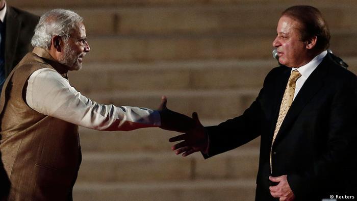 Indien Narendra Modi trifft Nawaz Sharif in Neu-Dheli 26.05.2014