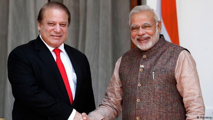 Narendra Modi and Nawaz Sharif meet in New Delhi on May 27, 2014