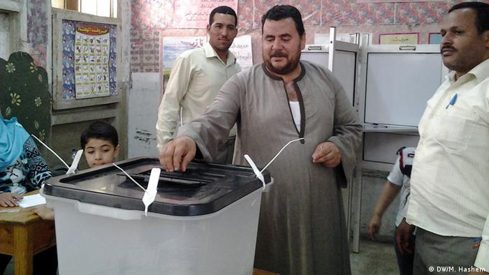 Eleições em 2014 elegeram o Presidente Abdel Fattah al-Sissi