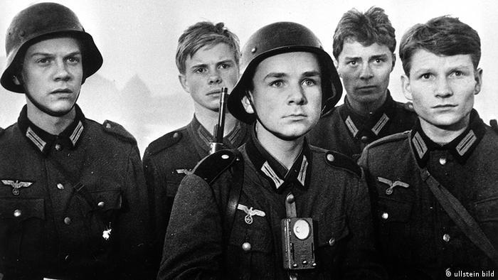 Deutschland Zweiter Weltkrieg Filmszene Die Brücke 1959