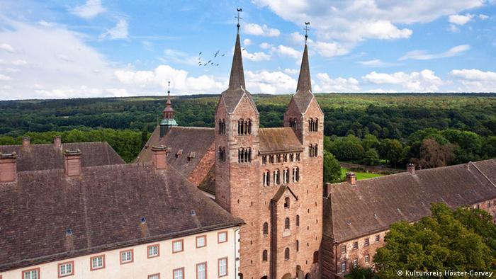 Вестверк церкви бывшего Корвейского монастыря